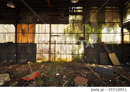 退廃的 崩壊の写真素材 Pixta